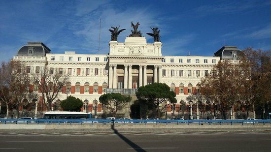 Vista exterior del Ministerio de Fomento